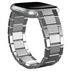 Product render of Fitbit Versa in dramatic view in silver tri-link