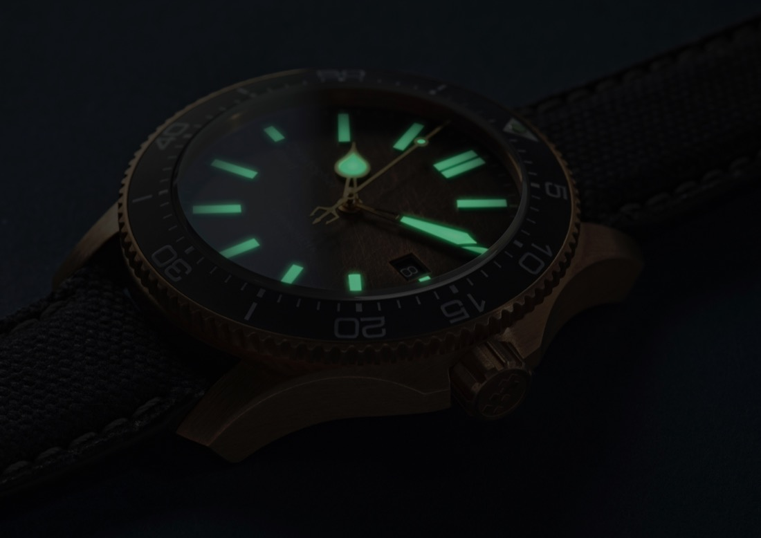 Christopher Ward's new Trident Bronze Ombre Christopher-Ward-C60-Bronze-Ombre-7