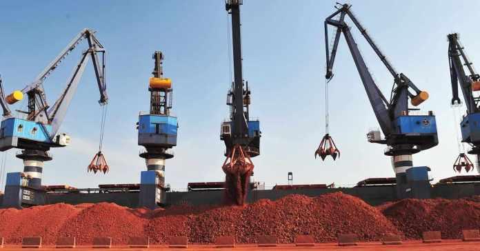 https://i2.wp.com/writecaliber.com/newsitems/image/bauxite-guinea-prices-mines-impact-1630969399.jpg?resize=696%2C364&ssl=1