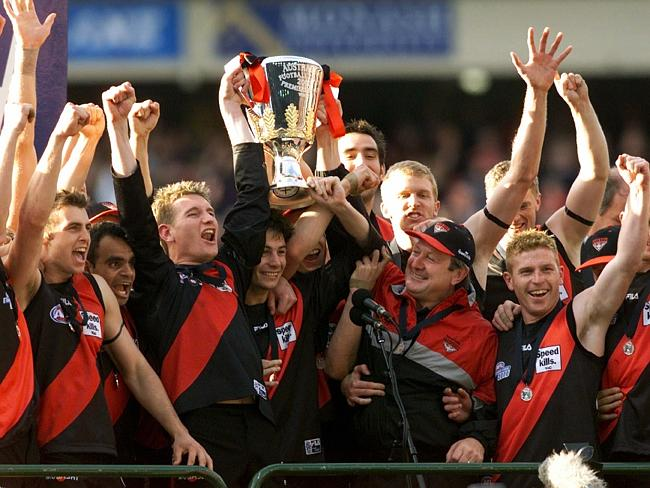 Essendon lost just one game in 2000.