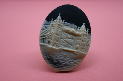 Large London cameo ring by amylynnbuttchin, $8