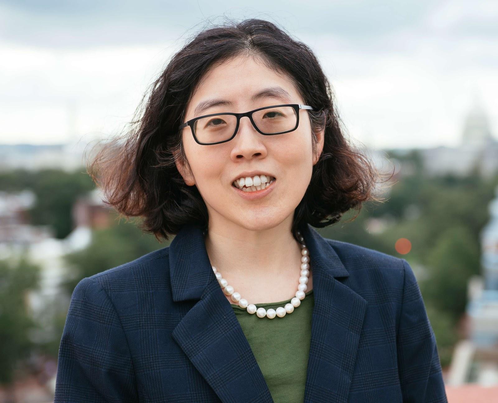 Jenny Kim headshot