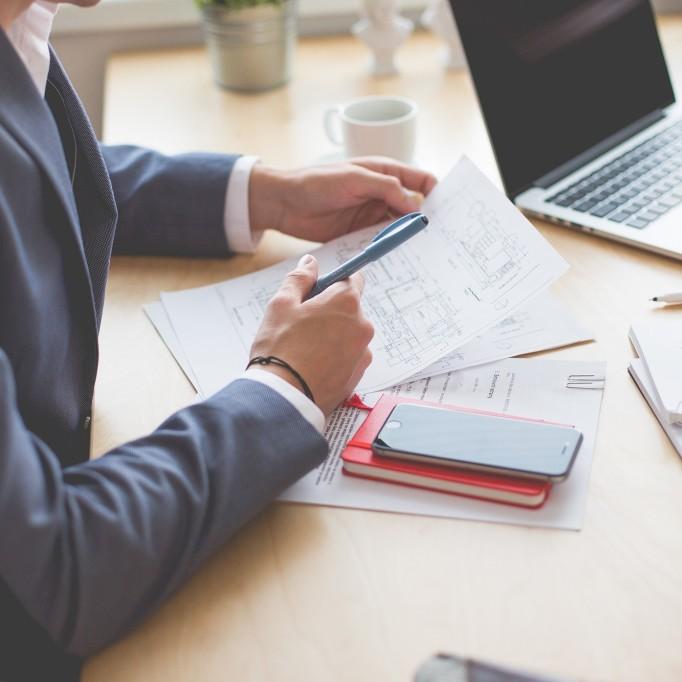 Man-Suit-Desk-Paper-Pen-CC0