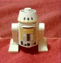 From https://writerfighter.wordpress.com/2013/12/08/lego-star-wars-advent-calendar-days-1-6/