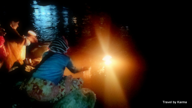 light-diya-ganga-river