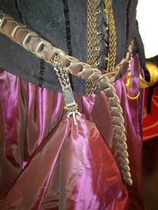 using belts in Steampunk costume