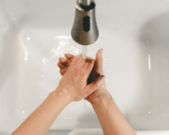 Photo by Clay Banks on Unsplash washing hands