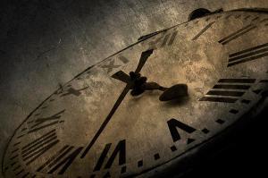 clock-svetlana-sewell