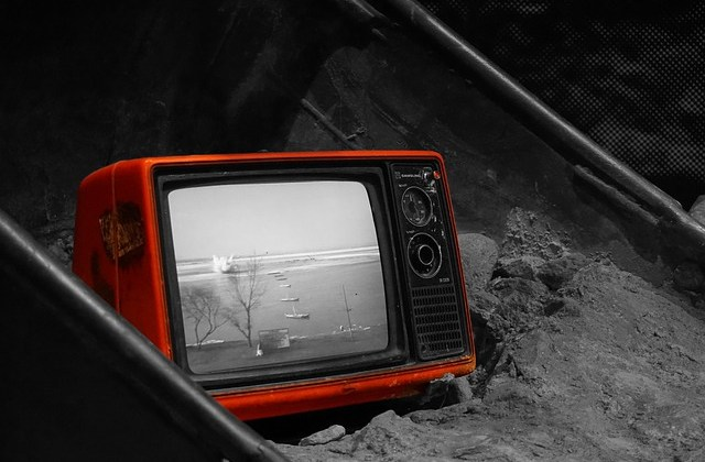 How I Get Paid to Watch, and Write About, Television Shows By Kimberly Stempel