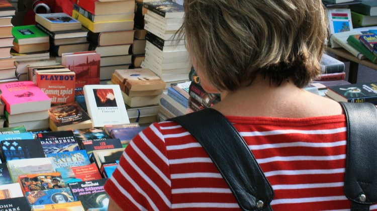 Identify Best-selling Trends BEFORE Writing Your Next Book! by Kristin James