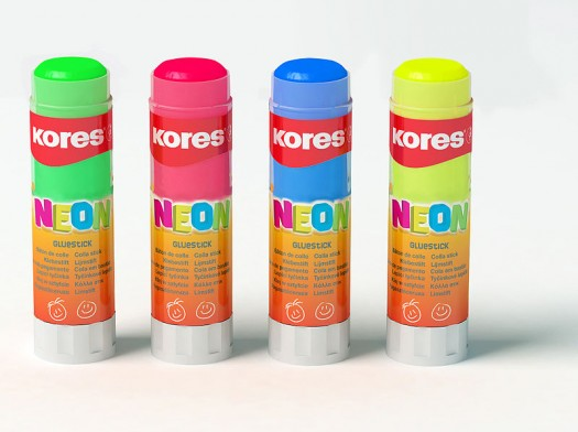 800px-Kores_Neon_glue_stick