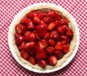 easy glazed strawberry pie recipe | writes4food.com
