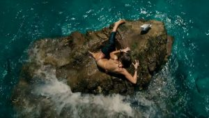 The-Shallows-Script-Review