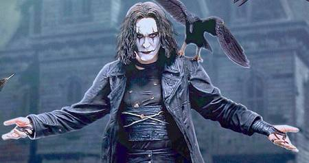 Brandon Lee as Eric Draven, The Crow. Image via movieweb.