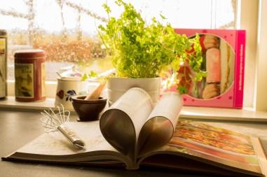 cookbook-761588_1280