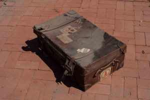 beat-up-trunk-7909