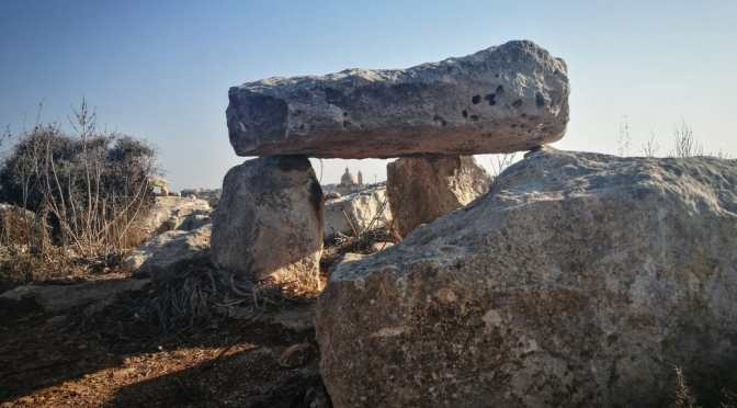Dolmens and Temples from Xlendi to Ix-Xewkija in the Dust and Heat