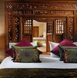 Detail_main_bedroom_Villa_Bali_at_Royal_Garden_Villas-2