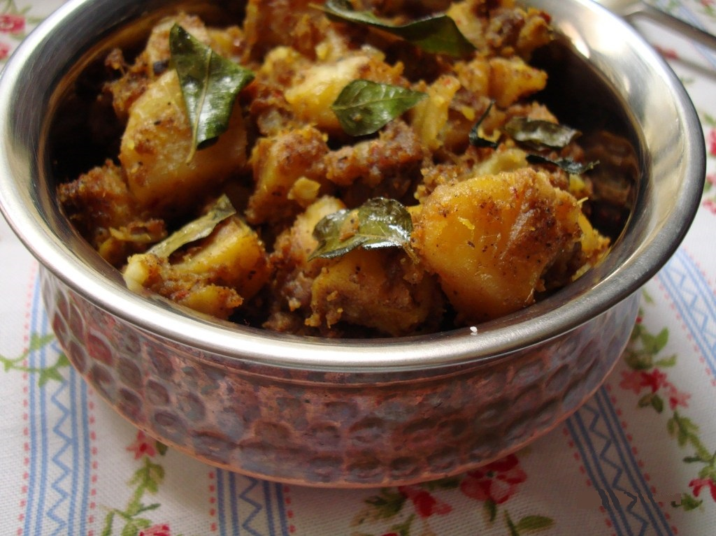 Hot Potato Masala Bites via WritingInTheKitchen.Com * @WritingintheKitchen
