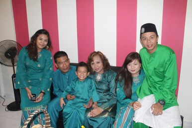 Mey's Family