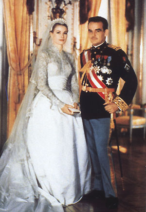 The official wedding portrait of Princess Grace and Prince Ranier III of Monaco