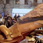 Statue of Lenin torn down in Russia after Communism fell in the USSR