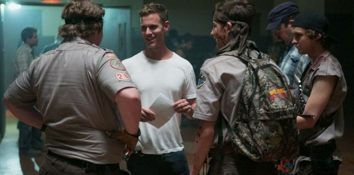 Left to right: Joey Morgan, Director Christopher Landon, Tye Sheridan and Logan Miller on the set of Scouts vs Zombies