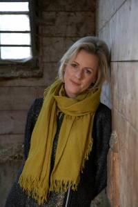 Jojo Moyes Author free pic