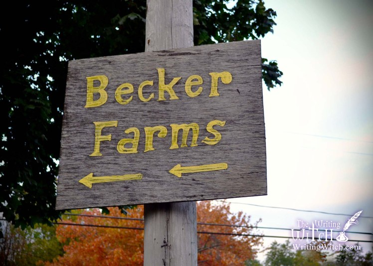 becker farms country sign
