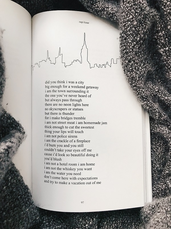 written-by-charlotte-poetry-review-rupi-kaur