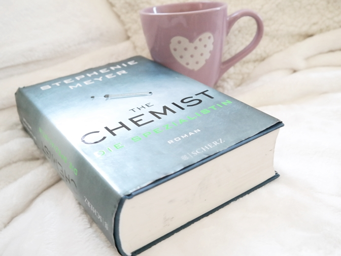 The Chemist Stephenie Meyer