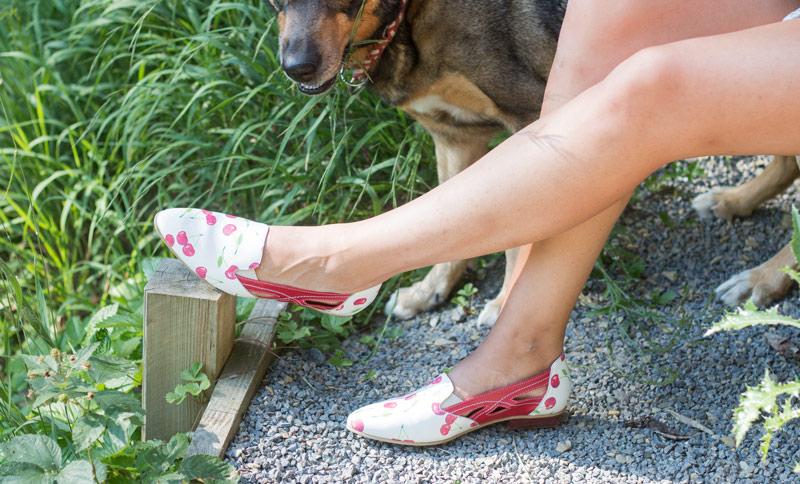 Schuhe mit ausgefallenem Muster