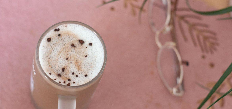 Warmer Kaffee-Smoothie