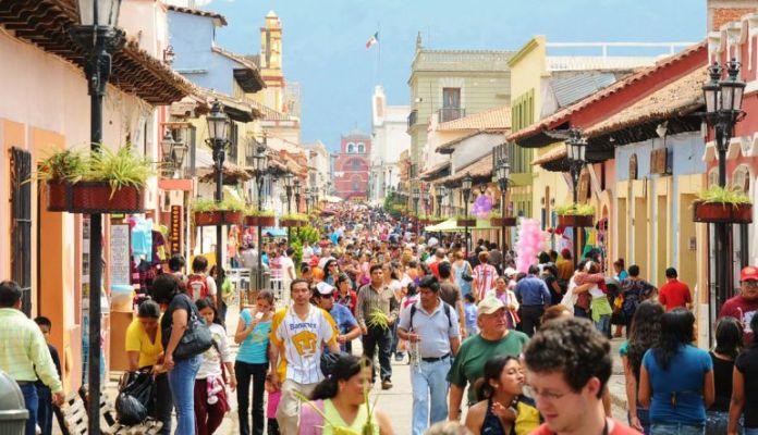 Resultado de imagen para turistas en mexico