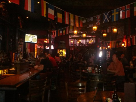The Londoner in Frisco is the official home of the Dallas Football Elite supporters, and the spot my dad and I camped out at before the match to beat the heat.