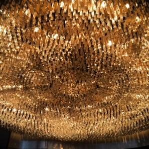 A massive chandelier inRoialto, Milano.