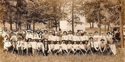 Old Bradleyville School and Woodsmen