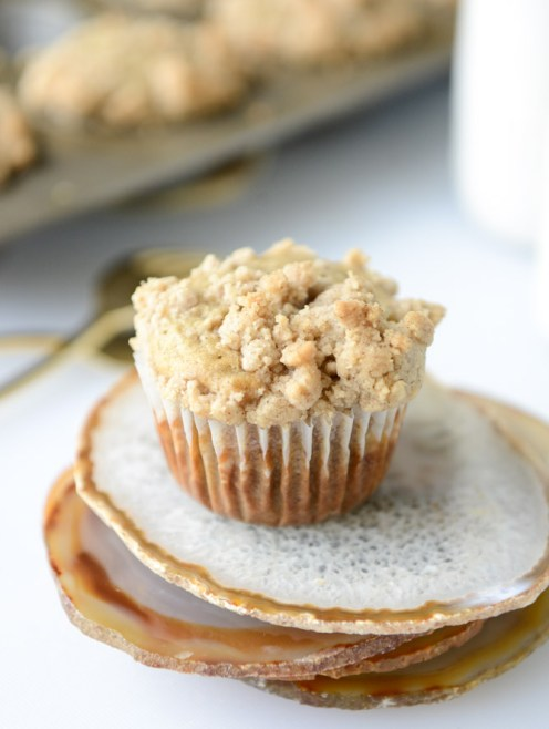 banana-muffins-i-howsweeteats-com-3