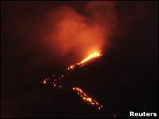El volcán Pacaya en plena erupción