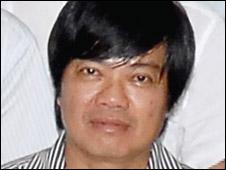 Nhà báo Hoàng Hùng