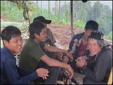 Người Lào làm việc trong các đồn điền cao su