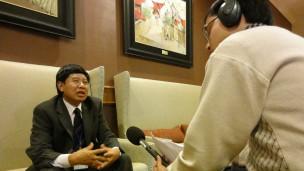 Tướng Vũ Hùng Vương trong một lần trả lời BBC tại Hà Nội
