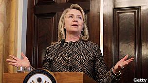 secretaria de estado Hillary Clinton