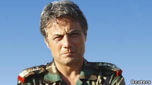 General sírio Manaf Tlas