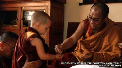 Osel con el Dalai Lama
