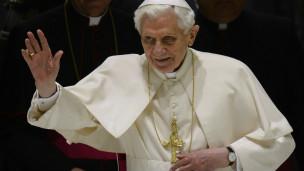 Giáo Hoàng Benedict XVI từ chức