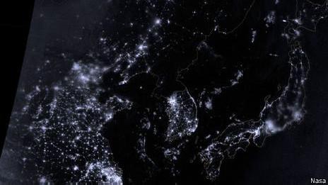 Imagen de Nasa que muestra el apagón virtual en Corea del Norte.