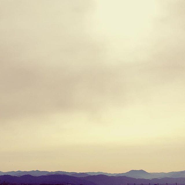 雨降るのかなぁ #イマソラ #mysky #sky #cloud #cloudy #mountain