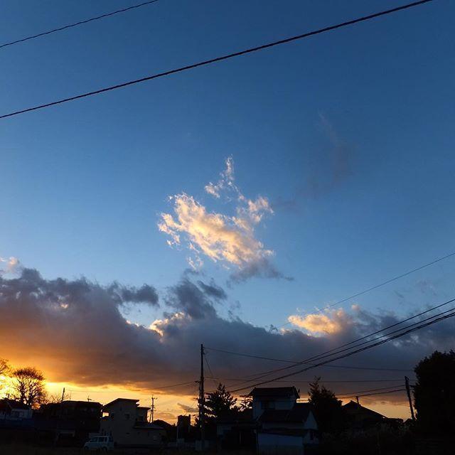寒いですね️寒いと空がきれいです。暖かくしておやすみください#イマソラ #mysky #sky #clouds #sunset #fine #winter #january #2017
