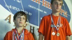 Юные братья Умаевы мечтают стать чемпионами мира